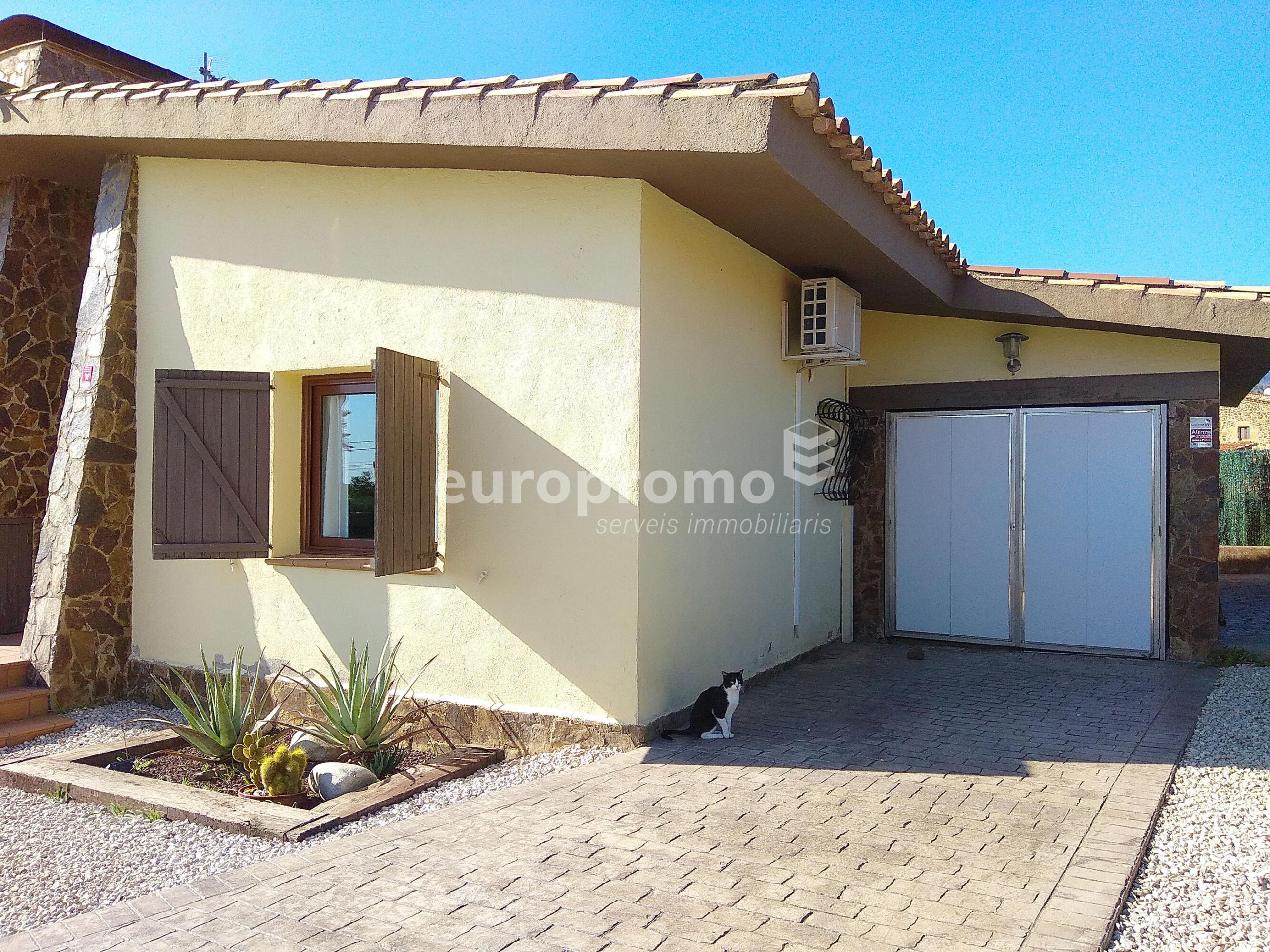 Casa de 90 m² con parcela de 500 m²